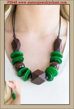 Pacific Paradise - Green - Paparazzi Accessories.jpg