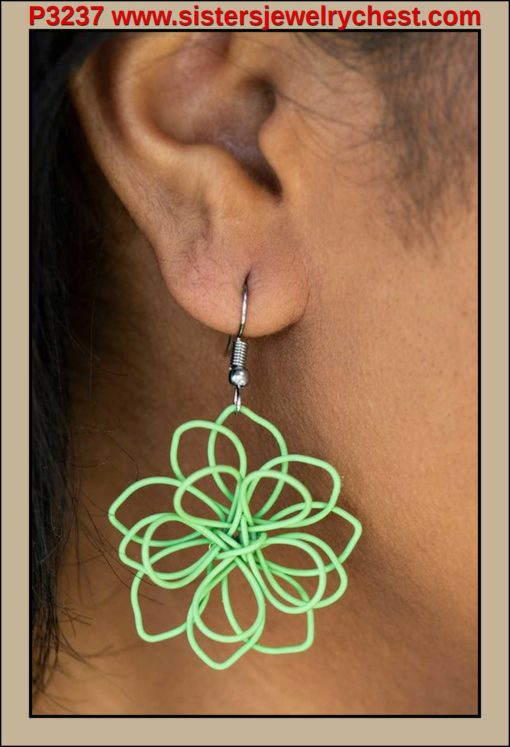 Springtime Serenity - Green - Paparazzi Accessories.jpg